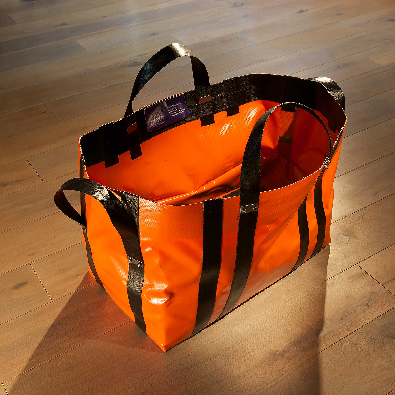Angular heavy load bag made of technical textiles