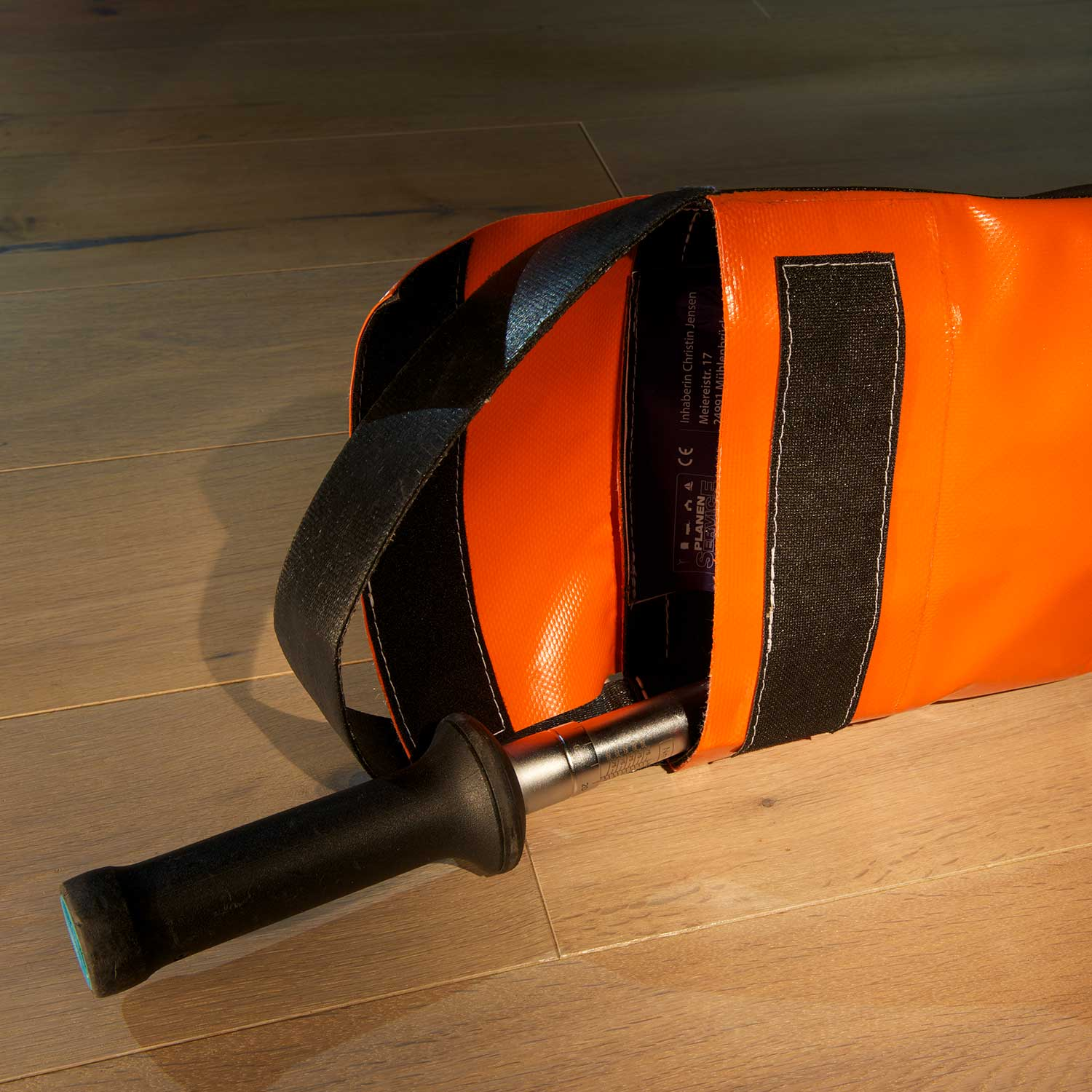 Bag clasp, torque wrench, PVC fabric